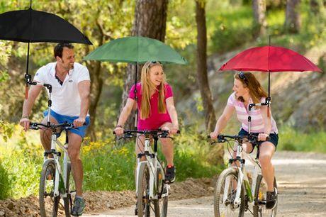 Porte-parapluie amovible. Protégez-vous de la pluie et du soleil avec votre parapluie mains libres. Idéal pour les vélos, les fauteuils roulants, les poussettes et plus. Facile à attacher et à détacher.