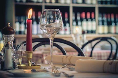 Candle-Light-Dinner an der Spree in 3 oder 4 Gängen für 2 Personen in Brechts Steakhaus (33% sparen*)