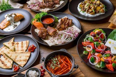 Grieks 3-gangenmenu naar keuze voor 1, 2, of 4 personen in restaurant Taverne Marina
