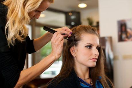 Sesión de peluquería completa con opción a tinte y/o mechas en Peluquerías Goyeneches (hasta 72% de descuento)