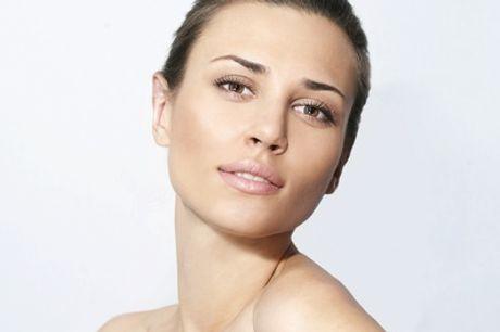 Sesión de limpieza facial con opción a servicio adicional en Vanessa Gómez (hasta 69% de descuento)