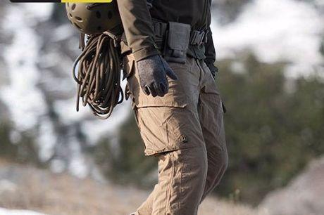 TAC Combat Handytasche. Sehr robuste Handytasche für Gürtel oder Rucksack. Kompatibel mit alle Smartphones kleiner als 6 Inches. Flanellschicht schützt dein Handy vor Kratzern. In sechs verschiedenen Farben erhältlich