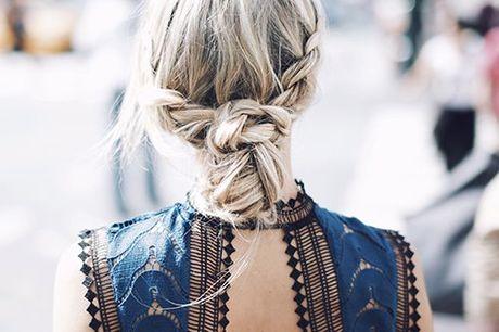 20-teiliges Haarstyling Set. Jede Gelegenheit erfordert eine andere Frisur. Ab sofort hast du alles dazu benötige Material in einem handlichen Set. Zöpfe, Wellen, Locken, ein Dutt oder ein Pferdeschwanz - die Möglichkeiten sind endlos