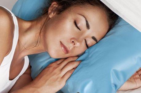 Kühlendes Wasserkissen. Bette deinen Kopf auf dieses Kühlkissen und all deine körperlichen Beschwerden verschwinden. Und dazu bekommst du auch noch deine Nachtruhe zurück. Einfach mit Leitungswasser befüllen. Keine Batterien oder Strom nötig.
