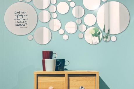 DIY Kreisförmige Spiegel Wandaufkleber 28 Stk. Verzaubere dein Zuhause mit diesen Spiegel-Wandaufklebern. Einfach anzubringen und leicht zu entfernen. 28 Stück spiegelähnliche reflektierende Kreise unterschiedlicher Formen.