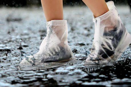 Wiederverwendbare wasserdichte Unisex-Regenüberschuhe. Schütze deine Schuhe mit diesen Überschuhen vor Regen, Pfützen, Schlamm und anderen Flecken. Das Design mit Reißverschluss und Tunnelzug sorgt dafür, dass deine Schuhe sauber bleiben. Hergestellt aus