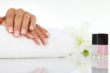 Beauté des mains et/ou pieds avec pose de semi permanent pour 1 personne à l'institut 5 Bien-être Paris 14ème