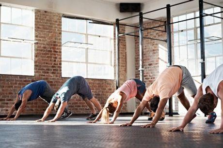 10 Clases presenciales de yoga bikram a elegir horario de mañana o tarde con Bikram Yoga Spain Malasaña