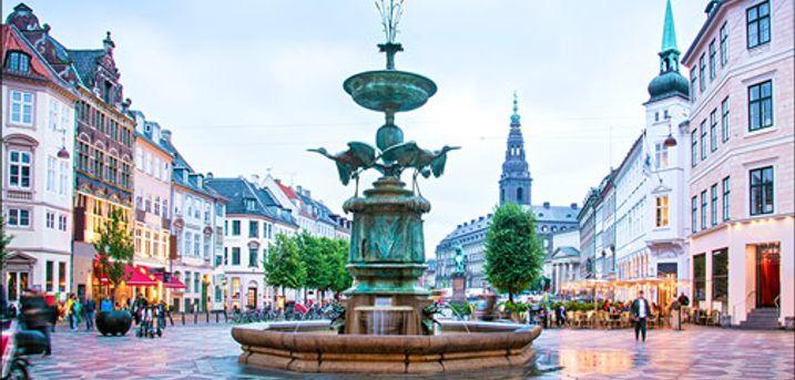 Se det dejlige ophold for 2 i Kbh her..  - Besøg København og bo dejligt på Hotel Amager. I får 1 overnatning for 2 personer inklusiv morgenmadsbuffet og 1 flaske bobler. Værdi kr. 1085,-