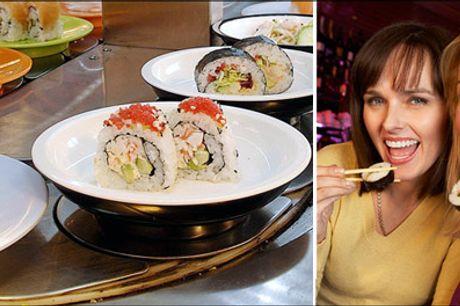 Running sushi og lækker dessert - Kom og spis løs af den lækre sushi på SOYA 2. Du får 1 x Running sushi samt hjemmelavet kage og is for 1 person. Værdi kr. 246,-