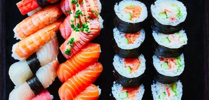 """All you can eat på Restaurant Miyama.  4,6 / 5.0 Baseret på gæsternes Google anmeldelser Såbliver der kræset om smagsløgnene, når Restaurant Miyama byder på """"All you can eat"""""""