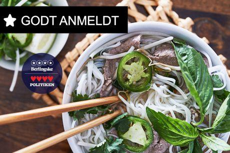 Spis med 33%. The Vietnamese: Populær vietnameser med autentiske smage får 4 stjerner i både JP. og Berlingske.