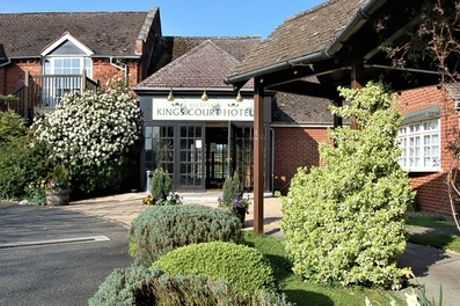 Warwickshire: Premium Room for Two with Breakfast and Three-Course Dinner at Kings Court Hotel