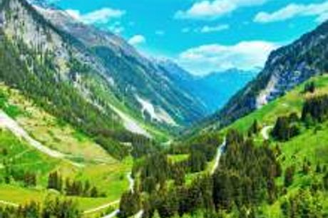 All inklusive Familienurlaub in den Bergen. Im 3-Sterne Hotel Alpenfriede empfängt Sie die herzliche Atmosphäre des Hotels. Genießen Sie ein paar schöne Tage in gemütlicher Umgebung und staunen Sie über die Schönheit Tirols! Freundliche Gesichter, ein fr
