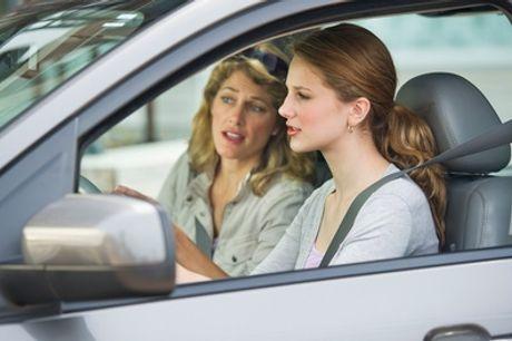 1, 2 o 3 clases de reciclaje y perfeccionamiento de coche en Grupo Premium (hasta 70% de descuento)