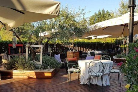 Tivoli: soggiorno in camera Standard con colazione e piscina per 2 persone all'Hotel Cristallo