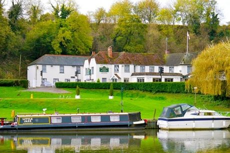 Oxfordshire: Standard Double or Twin Room for Two with Breakfast and Two-Course Dinner at Shillingford Bridge Hotel