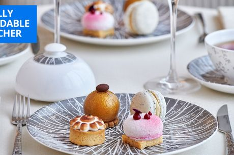 £40pp -- Royal afternoon tea & champagne in Mayfair, 38% off