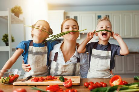 £16 for an online cooking-with-kids course