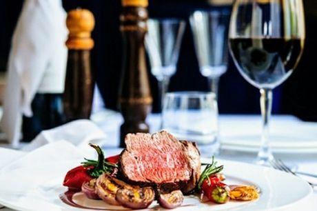 Entrée, plat et dessert au choix, avec une bouteille de vin en option pour 2 au restaurant Le Renard