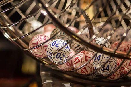 Bingo para 2 o 4 con cava, menú gourmet, copa, cartón de bingo y parking en Bingos Royal (hasta 64%de descuento)