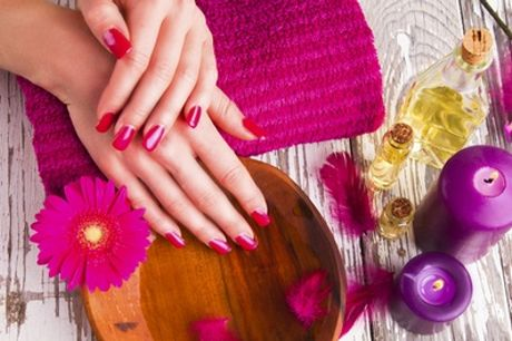 Full-Body Spray Tan and Manicure with Polish at Lip Couture