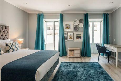 Num pitoresco bairro de Lisboa encontra a Vila Garden Guesthouseum charmoso prédio do sec. XIX. Aproveite com a sua cara metade uma estadia de 2 noites românticas em suite por apenas 159,90€