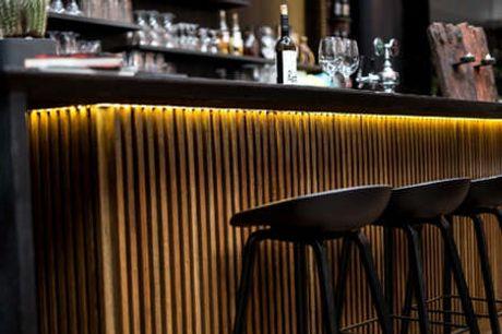 Hotel Lautrup Park. Smuttur til København Inkl. halvpension - 2 overnatninger - 2 x morgenbuffet - 2 x 2-retters menu/buffet - Gratis internet og parkering - Nær København)