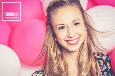 Sommer-Special: Fotoshooting für 1-6 Personen inkl. Make-up bei STUDIOLINE PHOTOGRAPHY (bis zu 83% sparen*)