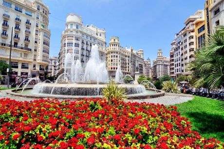 Vacanza tra mare e città a Valencia, Valencia, Spagna. undefined
