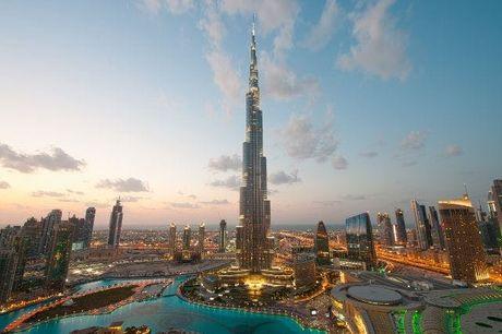 Alla scoperta del meglio di Dubai, Dubai, Emirati Arabi Uniti. undefined