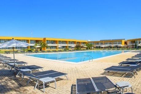 VERÃO 2020 - ALENTEJO: 7 Noites com Pequeno Almoço e oferta de 4 Meias Pensões em Santo André, no Vila Park Hotel 4*.