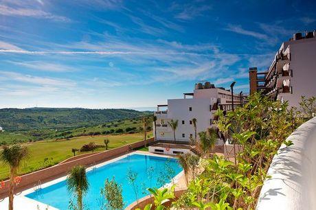 España Estepona - Ona Valle Romano Golf & Resort desde 92,00 €. Apartamento con vistas al mar en entorno tranquilo