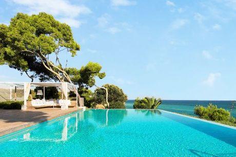España Barcelona - Villas con piscina privada en Siges desde 1.577,00 €. Villas de lujo con piscina privada