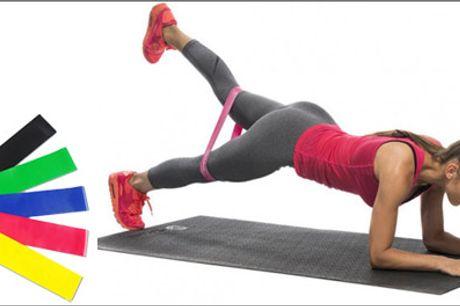 Billig træning med elastikker - Den perfekte træningspartner. Du får 1 sæt med 5 stk. træningselastikker med forskellig modstand. Værdi kr. 399,-