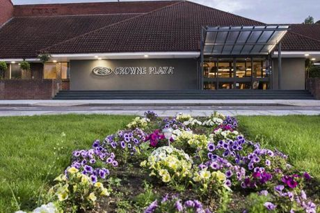 £109 (from Crowne Plaza Basingstoke) for an overnight stay for two people including dinner, cocktails on arrival, bottle of Prosecco, breakfast and Starbucks coffee, £169 for two nights - save up to 38%