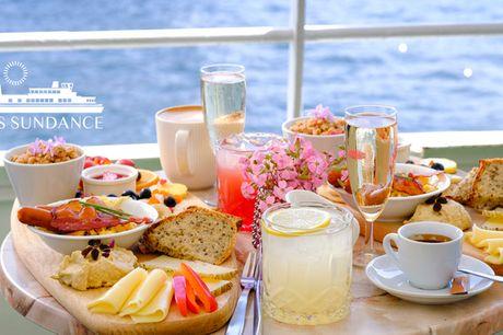 Brunch på vandet i indre by. Få en helt unik spiseoplevelse på skibet MS Sundance