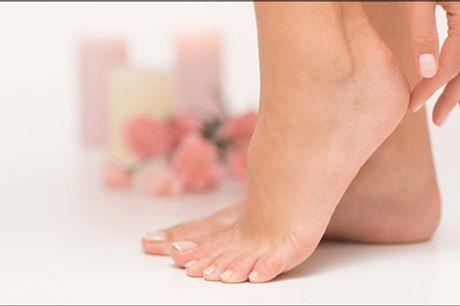 Sådan får du sunde, flotte fødder. - Giv dine fødder ekstra pleje, se og mærk forskellen. Med dealen får du 1 x Balsan fodbehandling til en værdi af kr. 499,-