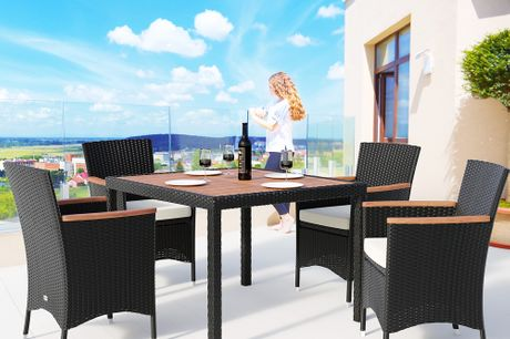 Exclusive 4 Seater Rattan Patio Dining Set