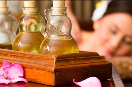 Effektive kinesiske wellnessbehandlinger - Lindring og genopbygning af krop og sjæl - Prøv en skøn behandling med 60 min. akupressur-massage med olie inkl. 30 min. zoneterapi. Værdi kr. 600,-