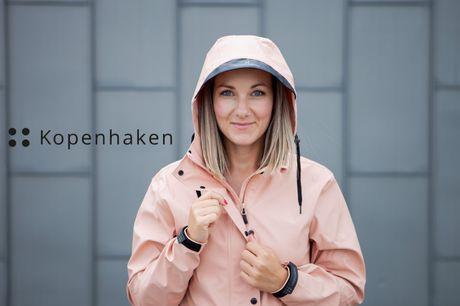 Hold vind og vejr ude med en stilfuld og praktisk regnjakke fra Kopenhaken - vælg mellem 3 lækre farver