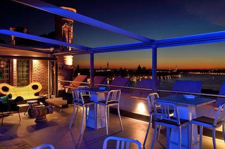 Italia Venezia - Hilton Molino Stucky 5* a partire da € 129,00. Prestigioso 5* affacciato sulla laguna