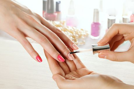 77% off a dual-accredited complete nail technician package