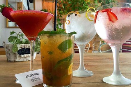 2, 4 o 6 copas premium o cocktails con un entrante para 2, 4 o 6 personas desde 14,95 € en Abonvida, junto a Callao