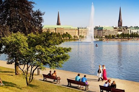 ab 189 € – Hamburg: Kurzurlaub im Hilton mit Bahnticket - undefined. Gemeinsam mit der Deutschen Bahn und Hilton haben wir exklusiv für Sie verhandelt: Sie reisen bequem mit der Bahn und erleben Hamburg.Sitzplatzreservierung und City-Ticket si