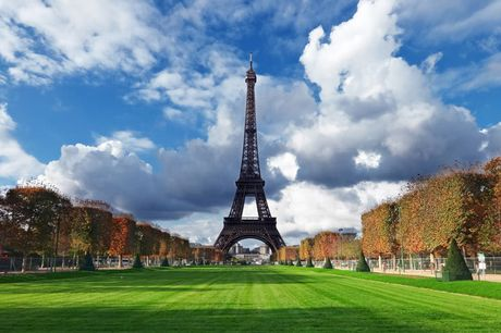 £49 instead of £99 for a day trip to Paris on the 12th Sep from Just Coach Travel - save 51%