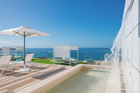 España Costa Adeje - Iberostar Bouganville Playa 4* desde 131,00 €. Media pensión o todo incluido en el suroeste de la isla