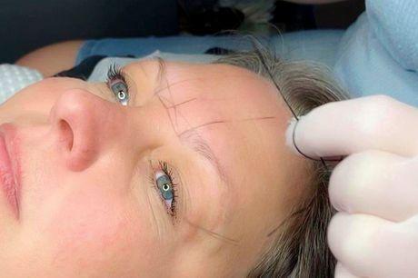 Microblading af øjenbryn. Få smukke bryn, som holder i 1-2 år!