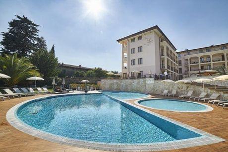 Hotel Villa Luisa Resort & Spa - 100% rimborsabile, San Felice del Benaco, Lago di Garda - save 32%.  Stiamo collaborando con gli hotel per assicurarci che siano conformi alle normative sulla salute pubblica in materia di Covid-19. Il centro benessere è i