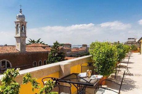 Italia Venezia - Hotel Bellini 4* a partire da € 110,00. Eleganza a 4* in un splendido palazzo nobiliare
